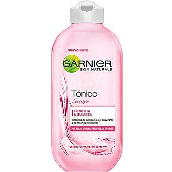 Skin Naturals Garnier Tónico suave con extractos de cereza suavizante y moringa purificante para piel seca y sensible Frasco 200 ml