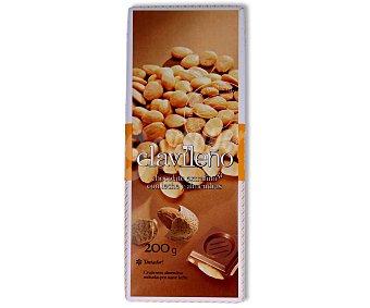 Clavileño Chocolate extrafino cn leche y almendras 200 gramos