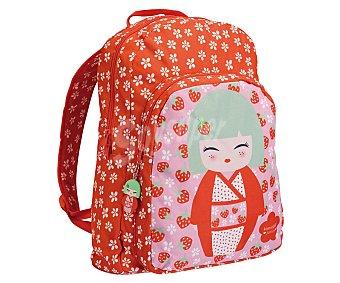 KIMMIDOLL Mochila preescolar con asas reforzadas, amplio bolsillo frontal, cierre de cremallera e imagen de una muñeca japonesa sobre fondo rojo con pequeñas flores 1u