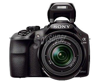 """Sony Cámara réflex + objetivo 15-55 de alta definición, 20.1 megapixel, pantalla 3"""", color negro ILCE3000KB"""