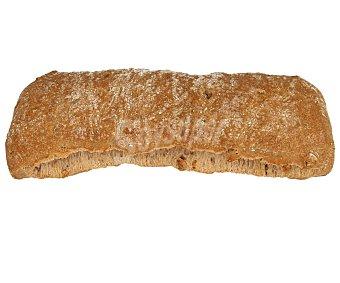 Pan Especial Barra de pan con nueces 395 gramos