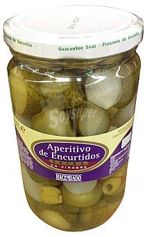 Hacendado Encurtido aperitivo (pepinillo, cebollita, pimiento y aceituna) Tarro 670 g