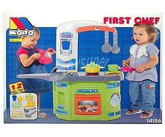 MOLTO Mi primera cocinita de juguete con horno y 12 accesorios, First Chef 1 unidad