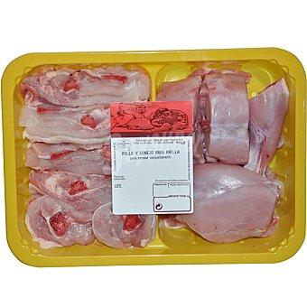 PUJANTE Preparado para paella con conejo y pollo bandeja 1 kg peso aproximado Bandeja 1 kg