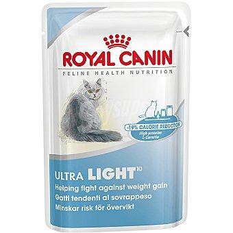 ROYAL CANIN ULTRA LIGHT Alimento completo en forma de trocitos en salsa para gato adulto con tendencia a sobrepeso bolsa 85 g Bolsa 85 g
