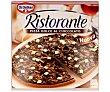 Pizza dulce con salsa de cacao y tres tipos de chocolate 300 gr Dr. Oetker