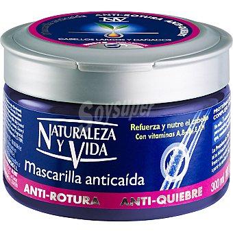 Naturaleza y Vida Mascarilla anticaída tarro 300 ml refuerza y nutre el cabello Tarro 300 ml