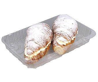 Croissant relleno de nata, 2 uds. 2 uds
