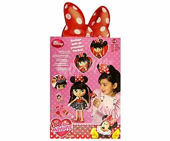 Disney Muñeca I Love Minnie Peinados, 30cm con Pelo Largo y Pestañas de Verdad 1 Unidad