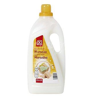 DIA Detergente máquina líquido al jabón de marsella botella 3 lt 40 lv Botella 3 lt