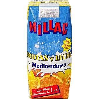 MILLAC Mediterraneo frutas y leche 0% Materias Grasas con fibra y vitaminas A, C y E  envase 330 ml