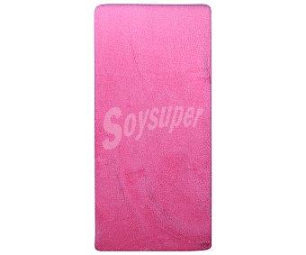 Auchan Sábana bajera ajustable tejido coralina 100% poliéster color rosa fucsia para cama de 150 centímetros 1 unidad