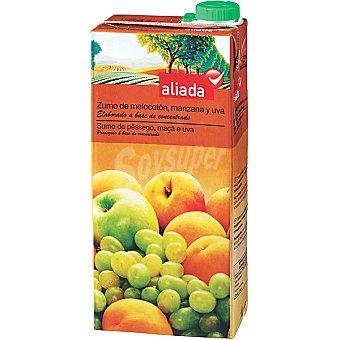 Aliada Zumo de melocotón manzana y uva elaborado a base de concentrado Envase 1 l