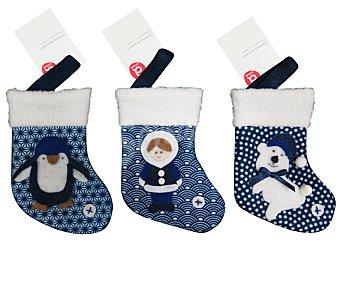 Actuel Calcetín navideño de 15 centímetros, en tonos azules y blancos y con diferentes motivos navideños actuel. Este producto dispone de distintos modelos o colores. Se venden por separado SE surtirán según existencias 15cm