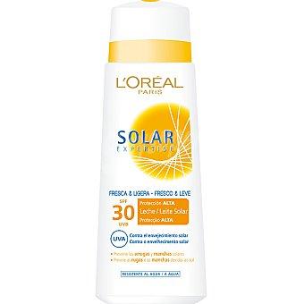Expertise L'Oréal Paris Leche solar fresca & ligera FP-30 protege las arrugas y manchas solares resistente al agua Frasco 250 ml