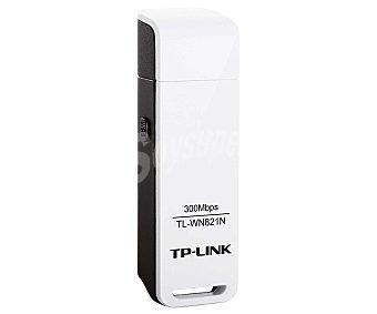 TP-LINK TL-WN821N Adaptador USB wireless, compatible con ieee 802.11b/g/n, velocidad inalámbrica de 300 Mbps, soporta encriptación WPA/WPA2
