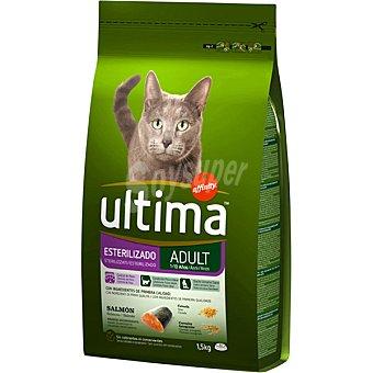 Ultima Affinity Gatos esterilizados con salmón y cebada Bolsa 1,5 g