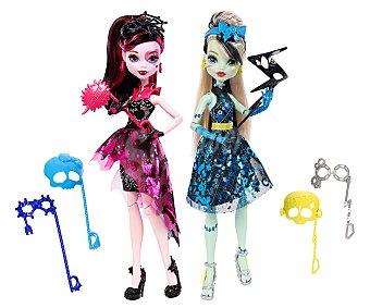 Monster High Muñeca Draculaura o Frankie con accesorios, Monstruitas Photocall 1 unidad