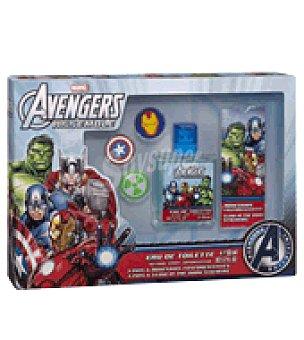 Marvel Estuche Colonia Los Vengadores 50 ml. + 3 pins + adhesivo brillo oscuridad 1 ud