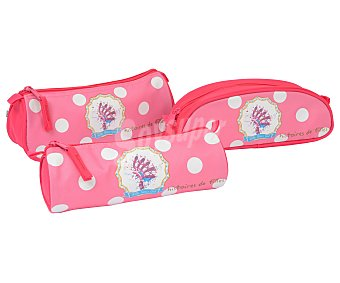 Auchan Estuche portatodo cilíndrico o plano, con cierre de cremallera, de color rosa con lunares blancos Little Sioux girl. Este producto dispone de distintos modelos o colores. Se venden por separado SE SURTIRÁN SEGÚN EXISTENCIAS