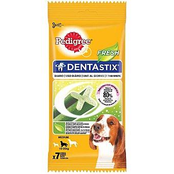 PEDIGREE DENTASTIX FRESH Snack para perros de raza mediana para un aliento fresco 7 unidades envase 180 g 7 unidades