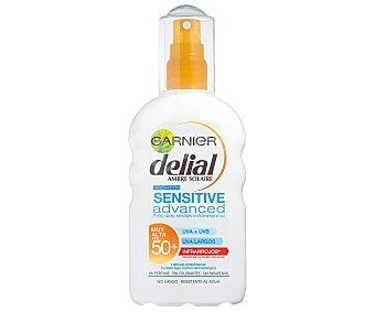 Delial Garnier Sensitive advanced locion solar FP-50+ resistente al agua spray 200 ml para piel clara sensible e intolerante al sol Spray 200 ml