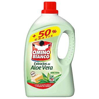 Omino Bianco Detergente máquina líquido con extractos de aloe vera Botella 27 dosis + 13 gratis