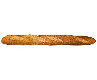Baguette elaborada con harina integral (70%) 200 g