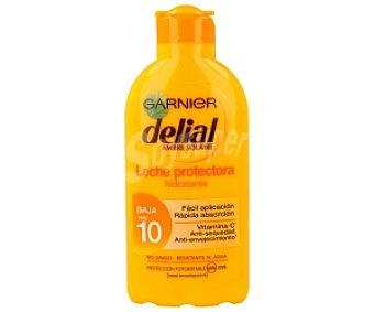 Delial Garnier Leche protectora hidratante con factor protección 19 (baja) garnier 200 mililitros