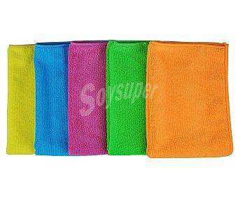 Productos Económicos Alcampo Bayetas de microfibra de 30x50 centímetros y diferentes colores 5 unidades