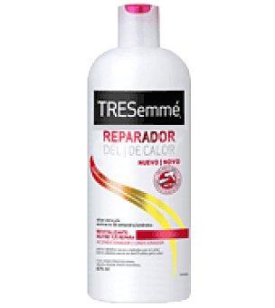 Tresemmé Acondicionador reparador de calor para cabello seco o dañado 675 ml