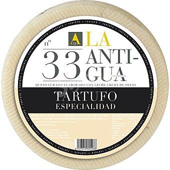 La Antigua Queso curado de oveja al tartufo de pasta mantecosa suave elaborado con leche cruda maduración mínima de 4-6 meses 100 gramos