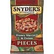 Snacks salados de trocitos de pretzels con sabor a mostaza con miel y cebolla Bolsa 125 g Snyder's