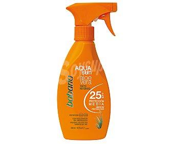 Babaria Protector solar en spray, con tacto no graso y factor de protección 15 (medio) 300 ml