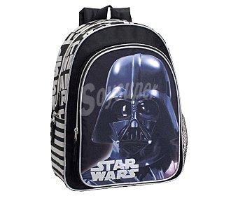 STAR WARS Mochila infantil con asas reforzadas, amplio bolsillo frontal con cierre de cremallera e imagen del carismático Darth Vader 1 unidad