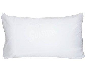 PRODUCTO ALCAMPO Funda protectora de almohada 100% algodón con tratamiento antiácaros, color blanco, 70cm alcampo