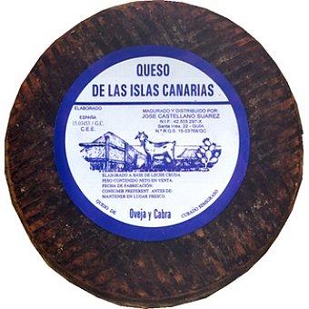 Flor de Güimar queso de leche cruda de cabra semicurado gofio  3 kg (peso aproximado pieza)