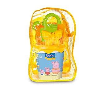 PEPPA PIG Conjunto de juguetes de playa (pala, rastrillo, regadera, cubo...) y una mochila transparente para llevarlos y guardarlos  1 unidad
