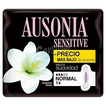 Ausonia Compresa sensitive normal con alas Paquete 14 uds