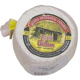 FLOR DE GÜIMAR Queso de leche cruda de cabra semicurado pimentón peso aproximado pieza 3 kg
