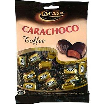 Lacasa Carachoco caramelo de toffee con cobertura de chocolate negro Bolsa 135 g