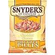 Snacks salados de trocitos de pretzels con queso cheddar Bolsa 125 g Snyder's