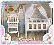 Conjunto de cuna, trona y más accesorios para muñecos bebé, barriguitas.  Barriguitas