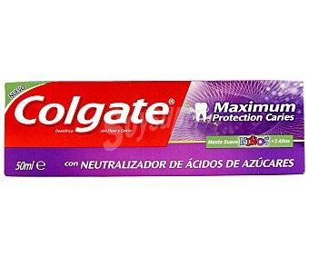Colgate Dentífrico con sabor a menta suave y neutralizador de ácidos de azúcares para niños a partir de 3 años 50 mililitros