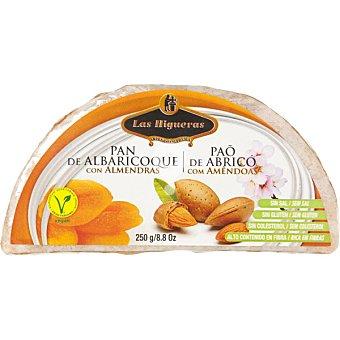 pan de albaricoques con almendras