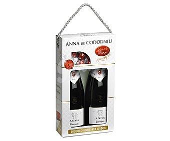 ANNA de CODORNIÚ Cava brut con obsequio de bombones lindor pack 2 botellas de 75 centilitros