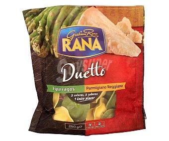 Rana Pasta fresca rellena de espárragos y rellena de parmigiano reggiano Duetto Bandeja de 250 g