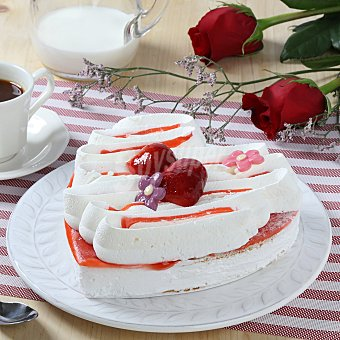 Corazón nata con fresas 450 gr
