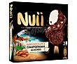 Bombón almendrado de nata recubierto de chocolate negro de California Pack 3 x 90 ml Nuii