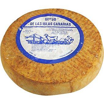 Mediania Queso de oveja curado semigraso elaborado con leche cruda peso aproxiamdo pieza 3 kg 100 gramos